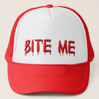 Bita mig hatten truckerkeps
