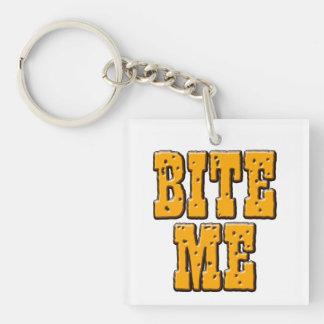 Bita mig nyckelringen