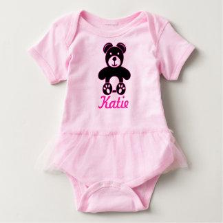 Björnen i svart och rosor - tillfoga den kända t-shirt