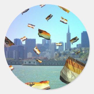 Björnpride över San Francisco Runt Klistermärke