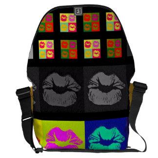 Black&White fluorescerande läppar Messenger Bag