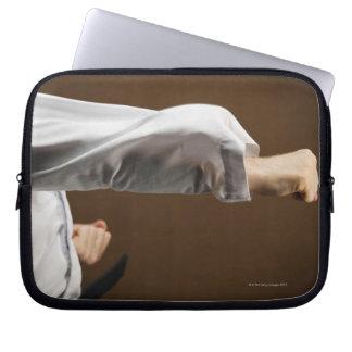 Blackbelt att göra beklär stansmaskin laptop sleeve