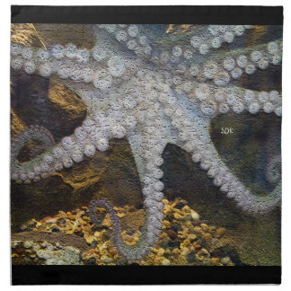 Bläckfisk med utsatta sugkopptentakel servetter