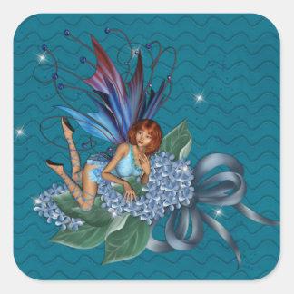 Blått Fae på blåa blommordesign 2 Fyrkantigt Klistermärke