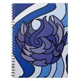 Blått flammar anteckningsboken anteckningsbok med spiral