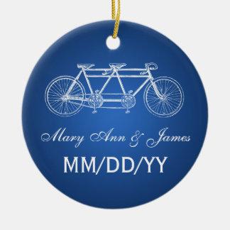 Blått för cykel för elegant bröllopfavör tandema rund julgransprydnad i keramik