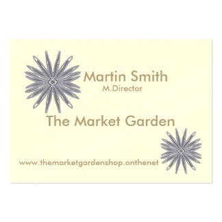 Blått/lila blomma som är grafisk på kräm- bakgrund set av breda visitkort