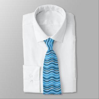 Blått vågigt linjer slips