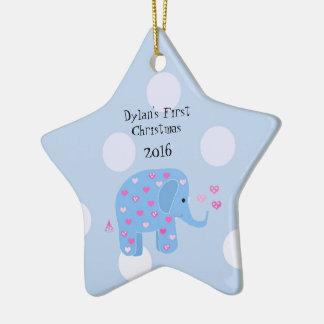 Blåttelefantbaby första jul stjärnformad julgransprydnad i keramik