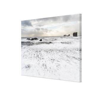 Blek foamy havsjölandskap, island canvastryck