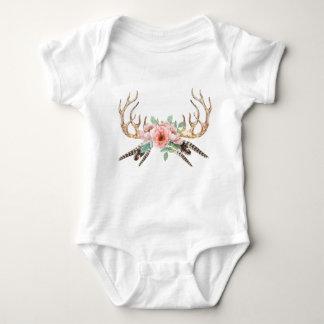 Blom- babydräkt för horn på kronhjort t-shirts