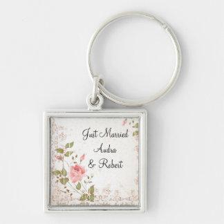 Blom- bröllopfavör fyrkantig silverfärgad nyckelring