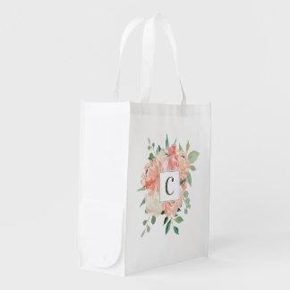 Blom- bukett för persikavattenfärg med monogramen återanvändbar påse