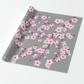 Blom- körsbärsröda blommar som slår in papper presentpapper