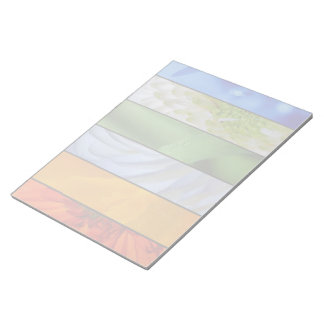 Blom- paneler i regnbågefärger anteckningsblock