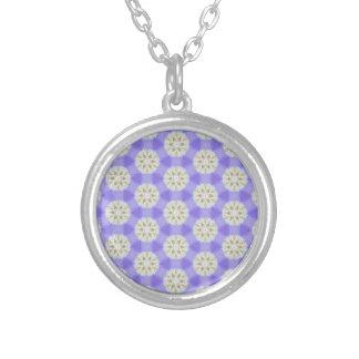 Blom- snöflingor 1 silverpläterat halsband