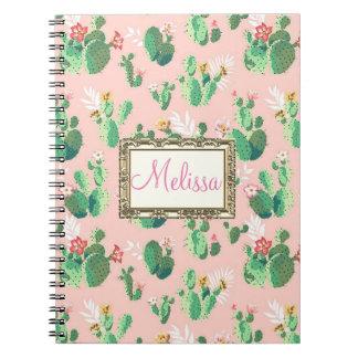 Blommar den rosa kaktusen för personligen anteckningsbok