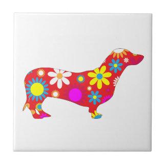 Blommar den skraj retro blommigten för taxhund liten kakelplatta