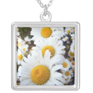 Blommigt #3 silverpläterat halsband
