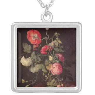 Blommor i en Glass vas, 1667 Silverpläterat Halsband