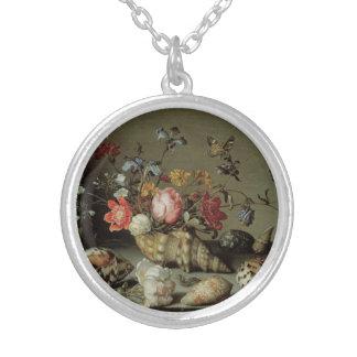 Blommor, snäckor och Insekt Balthasar skåpbil der Silverpläterat Halsband