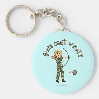 Blont bågskytte i kamouflage rund nyckelring