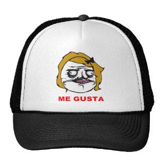 Blont kvinnligt mig Gusta komiskt ursinneansikte M Trucker Keps