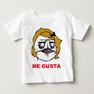 Blont kvinnligt mig Gusta komiskt ursinneansikte T Shirts