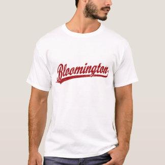 Bloomington skrivar logotypen i rött t-shirt
