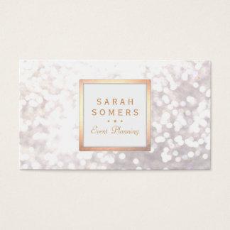 Bokeh för nyckfullt vitglitter elegant guld- ram visitkort