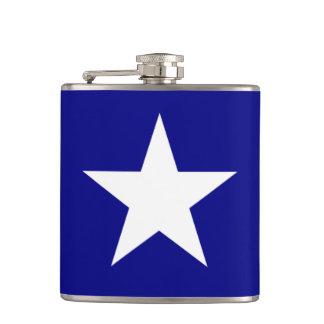 Bonnie blåttflagga med den Lone vitstjärnaflaskan