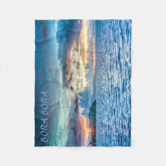 Bora Bora solnedgång över hav Fleecefilt
