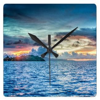 Bora Bora solnedgång över hav Fyrkantig Klocka