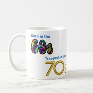 Bördigt 60-tal som fångas i 70-talmuggen kaffemugg