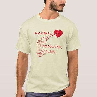 Borrad hjärta tshirts