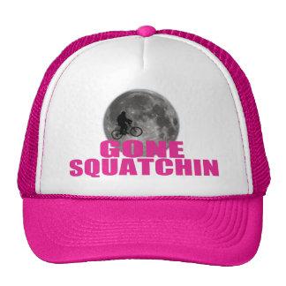 Borta Squatchin Sasquatch på cykeln med månehatten Mesh Kepsar