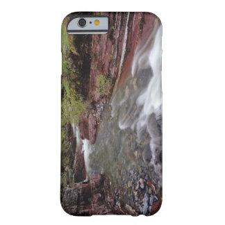 Borttappad hästbäck i Waterton sjöarnationalpark Barely There iPhone 6 Skal
