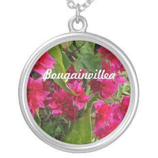 Bougainvillea Neckalce Halsband Med Rund Hängsmycke