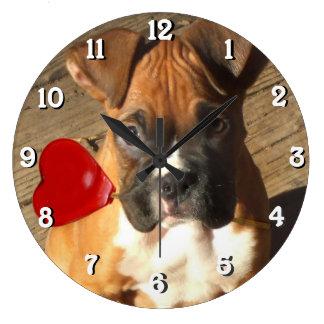 boxarehunden kvadrerar tar tid på stor klocka