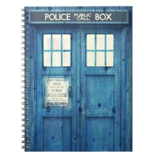 Boxas den offentliga appellen för anteckningsbok med spiral