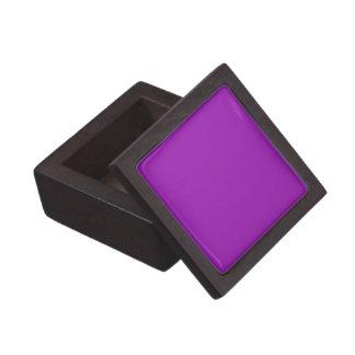 Boxas den purpurfärgade högvärdiga gåvan för fast premie minnesaskar