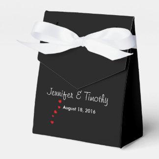Boxas den svart bröllopfavören för personlig pappersask
