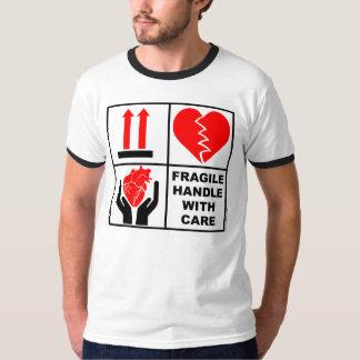 Bräckligt handtag med omsorg #1 t shirts