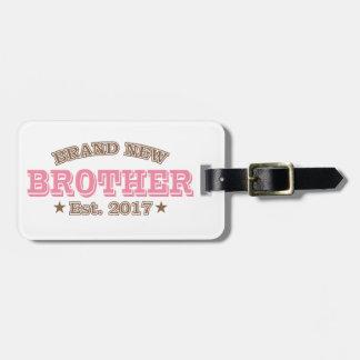 Brandnew broder Est. 2017 (rosor) Bagagebricka