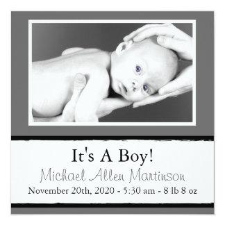 Breezy nyfödd bebisfotomeddelanden (grått) fyrkantigt 13,3 cm inbjudningskort