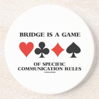 Bridge är en lek av specifik kommunikationsregler underlägg sandsten