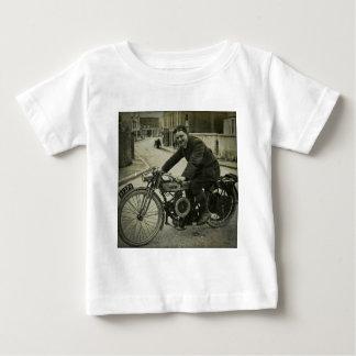 Brittiska 1900s för motorcykelvintagetidigt tee shirts