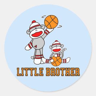 Broder för Sockmonkey basket lite Runt Klistermärke