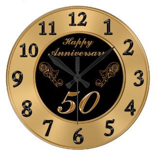 Bröllopsdagen för eleganten 50th tar tid på stor klocka