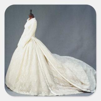 Bröllopsklänning av Katharine Worsley Fyrkantigt Klistermärke